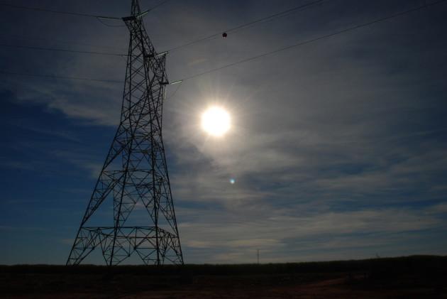 2010-06-09 Torre Energia Eletrica Bioeletricidade Arte (3)
